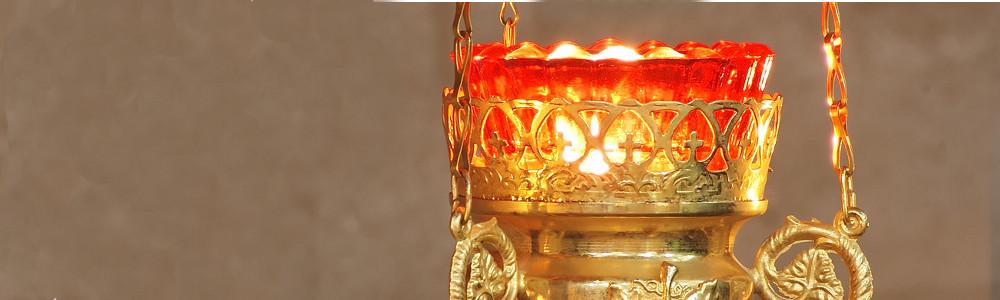 Golden-lamp-closeup